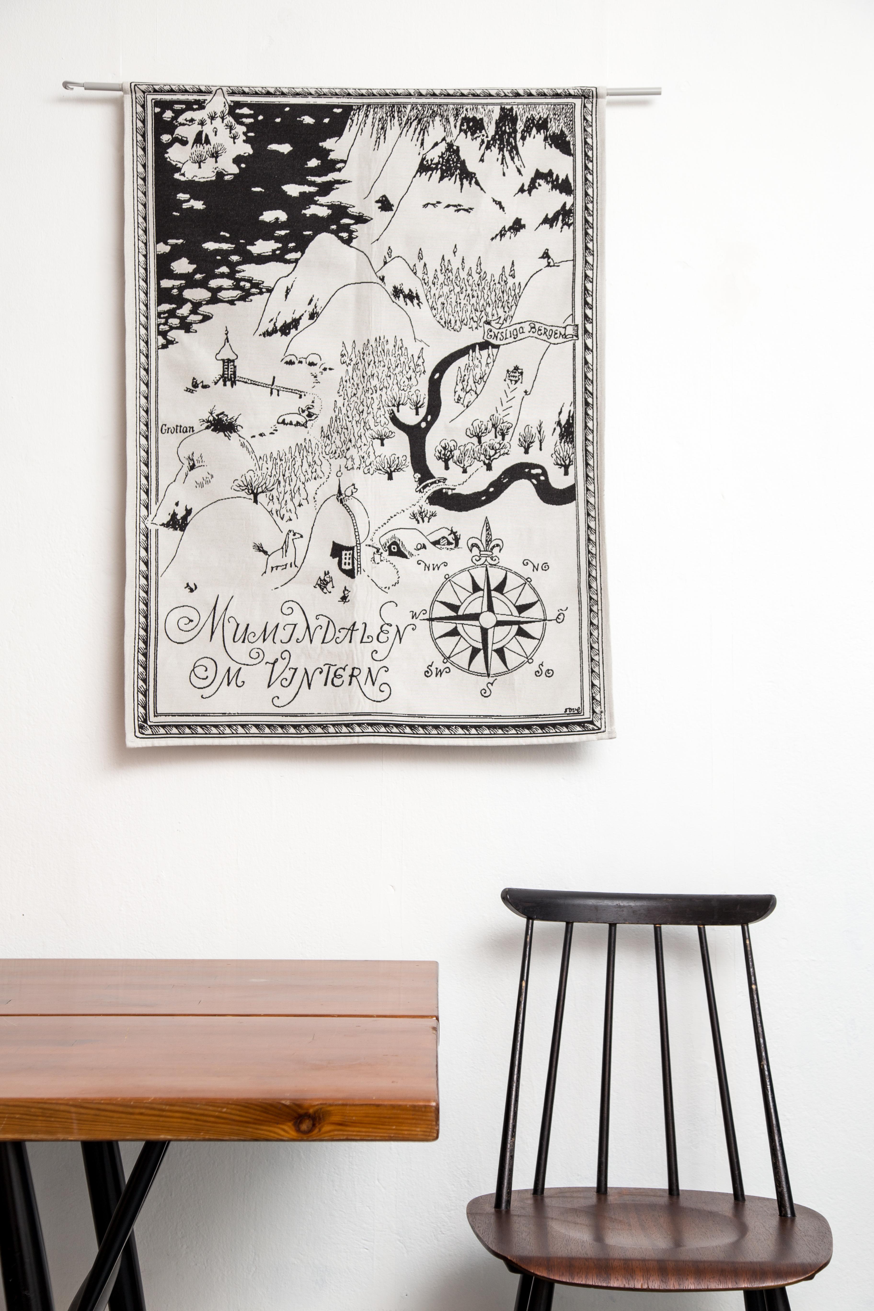 Aurora Decorari Moomin Gobelin Tapestry MUMINDALEN OM VINTERN 114WTM 68 x92cm