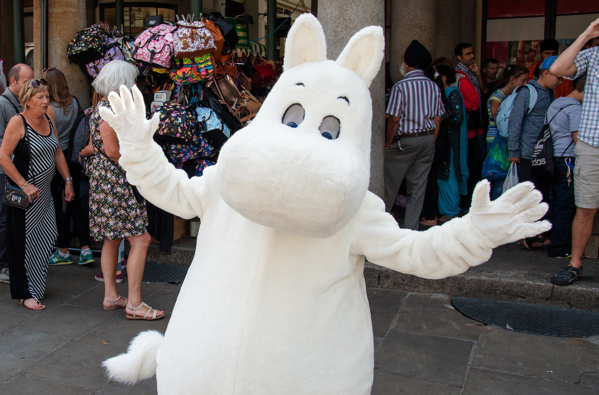 Covent-Garden-Moominday01